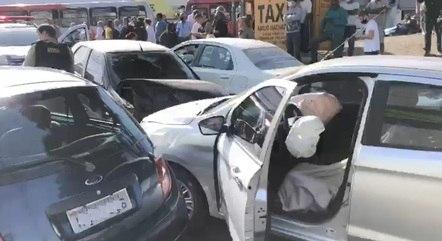 Ladrão bateu o carro durante a fuga