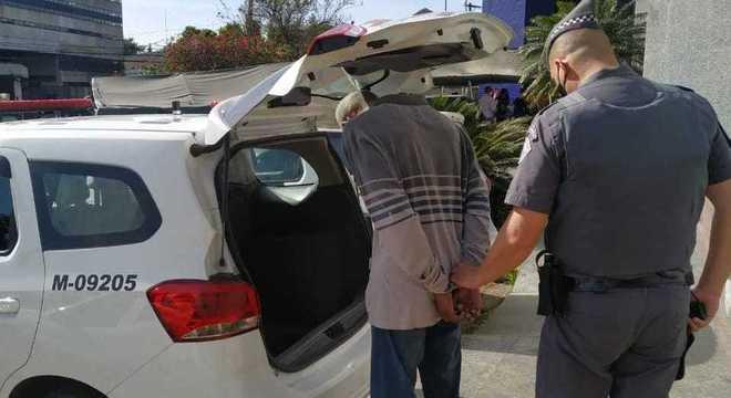 Homens são presos suspeitos de roubar auxílio emergencial