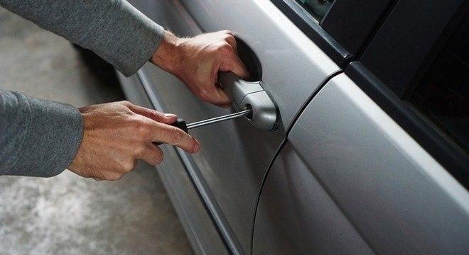 Furtos e roubos de veículos somam 2 mihões de casos em quatro anos no país