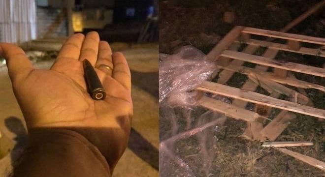 Uma munição de fuzil e restos da embalagem do ouro em galpão na zona lestes