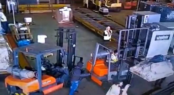 Câmeras mostram como ocorreu um dos maiores roubos do país