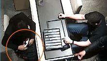 Suspeito morre e outro fica ferido em assalto a shopping em SP