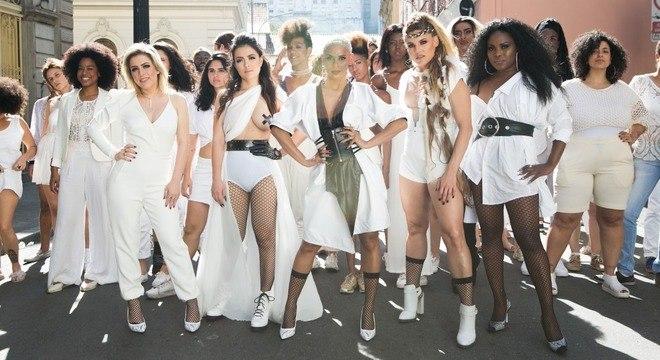 O grupo Rouge gravou um clipe para o single Dona da Minha Vida