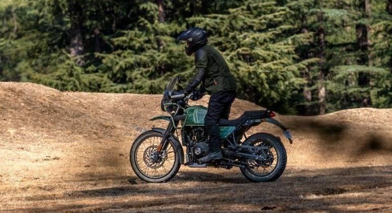 Motocicleta tem tanque de 15,5 litros