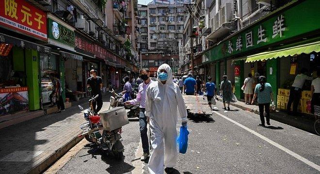 Wuhan começou a voltar ao normal após dias de quarentena rigorosa