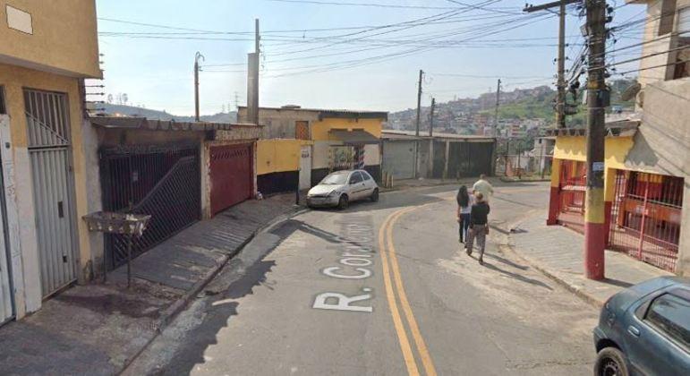 Feto é encontrado dentro de saco plástico em lixeira de São Bernardo (SP)