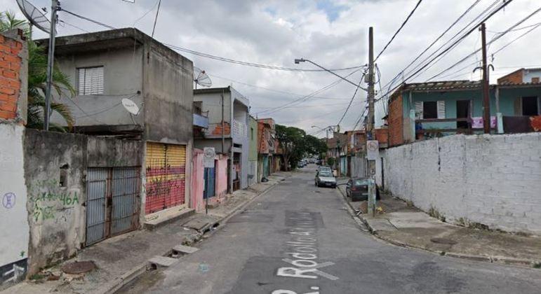 Grupo invade casa e amarra moradores em assalto em Guaianases, na zona leste de SP