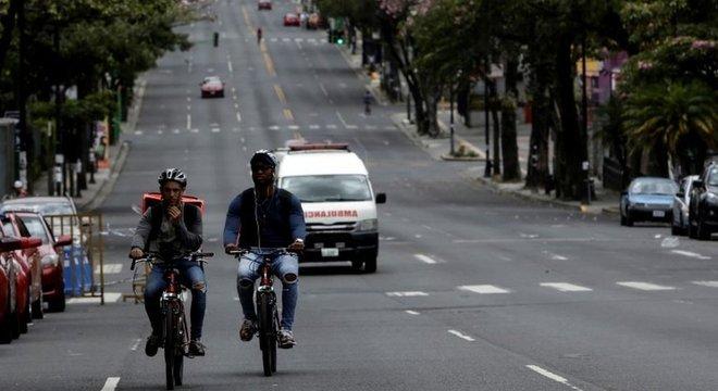 Dois terços da população vive na região metropolitana da capital, San José