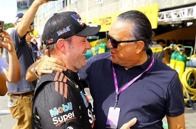 Rubens Barrichello é outro piloto que ficou bastante próximo de Galvão (Foto: Duda Bairros)