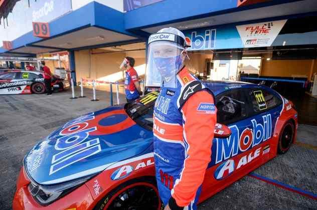 Rubens Barrichello está dormindo no autódromo para evitar exposição ao novo coronavírus