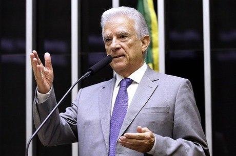 Deputado Rubens Bueno, relator do projeto dos supersalários
