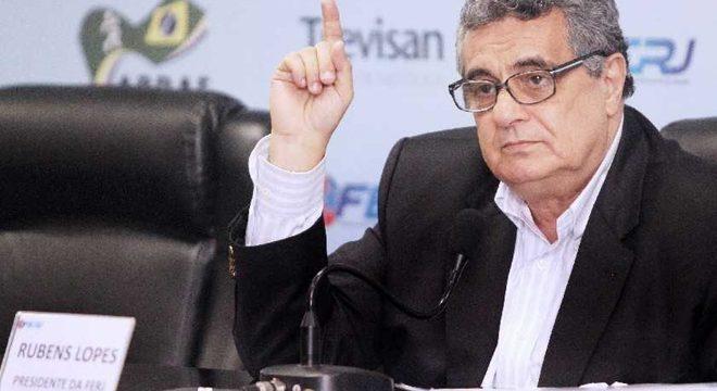 Presidente da Federação Carioca quer os clubes do Rio treinando em 12 dias