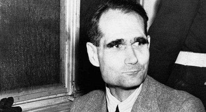 Rudolf Hess reclamou que tentaram envenená-lo