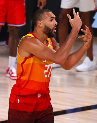 Rudy Gobert (Utah Jazz) 7,0 - O francês falhou miseravelmente nos lances livres. Gobert, eleito o melhor defensor das últimas duas temporadas, errou cinco das seis tentativas. Obteve 17 pontos, sete rebotes e quatro bloqueios, mas viu Nikola Jokic brilhar com 29 pontos e dez rebotes do outro lado