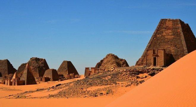Conjunto considerado um patrimônio da humanidade, as ruínas de al-Bajrawiya têm 2,3 mil anos de idade