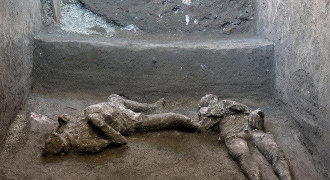 Ruínas em Pompéia revelaram os restos de um homem rico e de um escravo