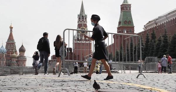 Rússia supera marca de 15 mil mortes em decorrência da covid-19