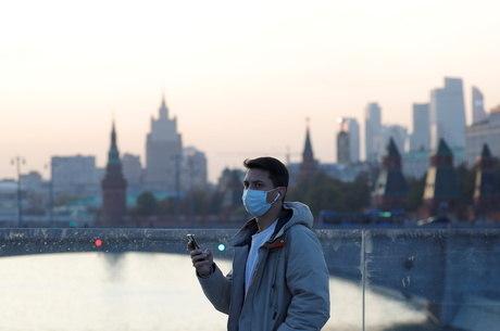 Rússia bateu novo recorde de infecções pelo coronavírus