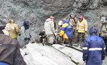 Um avião de passageiros Antonov An-26 caiu na última terça-feira (6) com 23 passageiros e 6 tripulantes na província de Kamchatka, no extremo-oriente da Rússia. Todos a bordo morreram no acidente. A aeronave ia da capital da província, Petropavlovsk-Kamchatckiy, para a cidade de Palana quando parou de transmitir sinais. As autoridades acreditam que a baixa visibilidade tenha feito o piloto errar a trajetória e atingir um penhasco. Na sexta, um avião de pequeno porte caiu na Suécia, matando 9 pessoas
