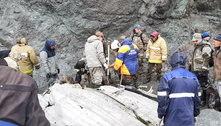 Corpos de 19 passageiros de avião que caiu na Rússia são encontrados