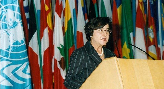 A antropóloga Ruth Cardoso acabou com a LBA durante o primeiro ano de governo do marido