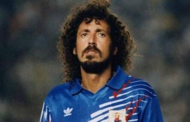 Ruy Ramos iniciou sua carreira profissional em 1977 no Japão e naturalizou-se japonês. Pela seleção, atuou de 1990 a 1995, mas apenas em jogos de Eliminatórias, não em Copas