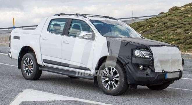 Chevrolet S10 rodando no Brasil para homologação da nova dianteira: chega em breve por aqui