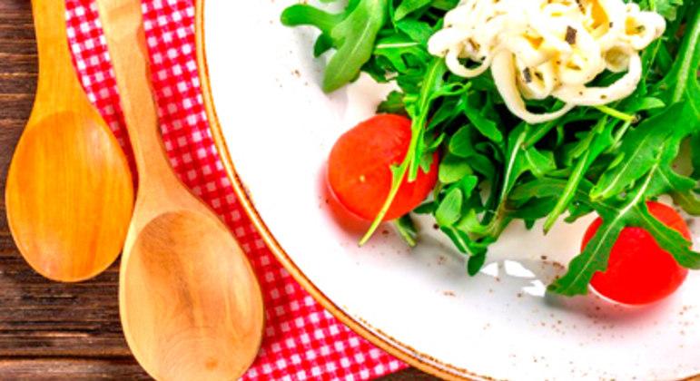 Livro contará com 35 receitas culinárias de refugiados ou imigrantes
