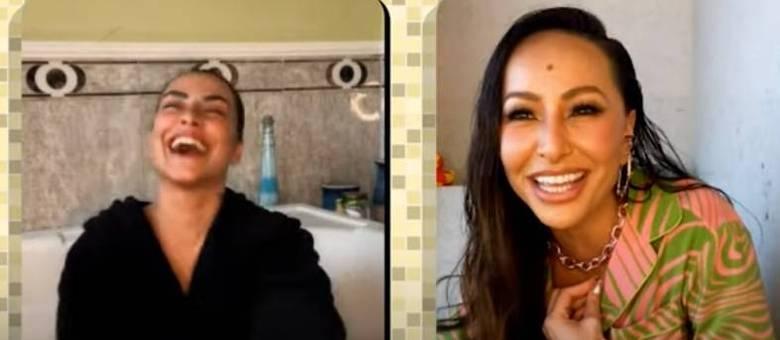 Cleo e Sabrina Sato no 'Cada Um no Seu Banheiro'