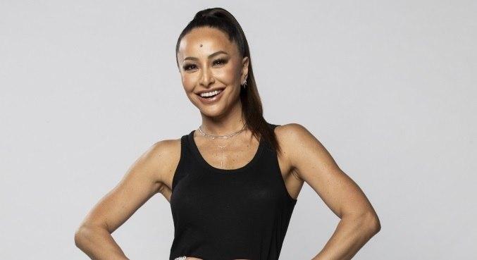 Sabrina Sato vai comandar a nova atração da Record TV