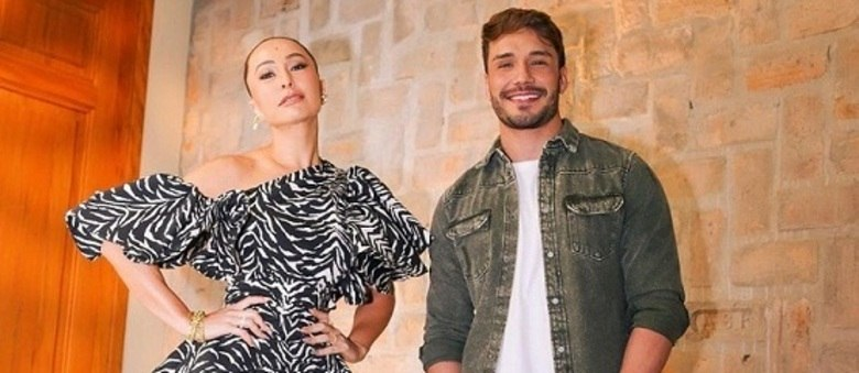 "Sabrina Sato e Lucas Viana nos bastidores de ""Game dos Clones"""