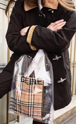 Sacola plástica da Céline é hit