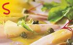 Ofim de semana pede praticidade e o Peito de Peru Sadia é um aliado nessa hora! Alémde prático, ele tem pouca gordura e alto teor de proteínas, além de baixo teorde sódio, quando comparado a outros frios e embutidos. Com 20 fatias doproduto, molho de mostarda, alcaparras, rúcula e temperos, você prepara umasalada carpaccio deliciosa e superleve! A Sadia tem a receita ideal. Vejaaqui!