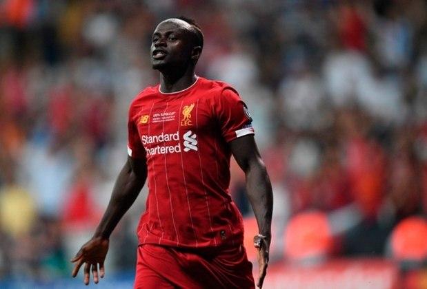 Sadio Mané está na sexta colocação dos mais caros. O atacante senegalês do Liverpool, de 27 anos, vale 141 milhões de euros (cerca de 745 milhões de reais). Ele valorizou 11 milhões de euros (aproximadamente 58 milhões de reais)