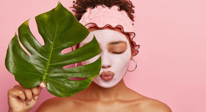 Saiba quais são as melhores máscaras faciais para aplicar no verão