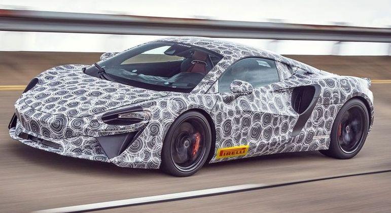 McLaren Artura não teve muitos detalhes revelados