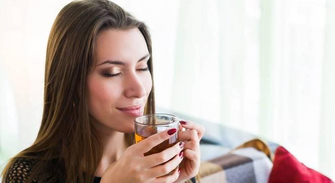 Saiba qual chá é o ideal para cada signo em momentos conturbados