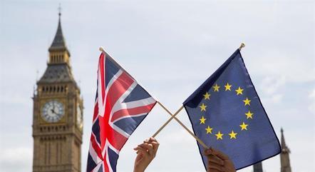 Saída da União Europeia ocorre na virada do ano