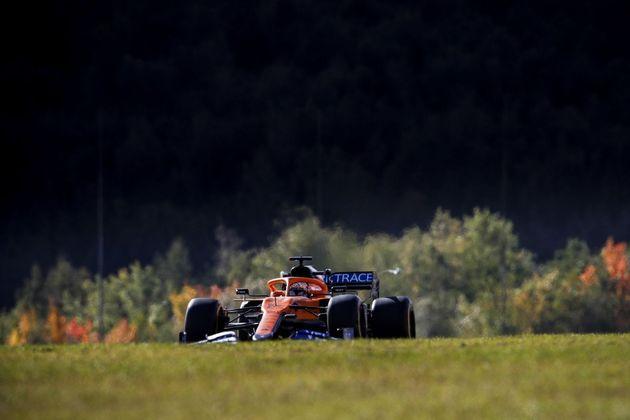Sainz reclamou das atualizações na McLaren, que não surtiram o efeito esperado