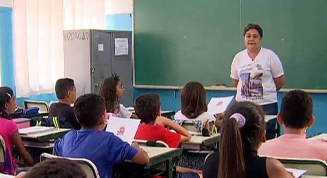 Doria anuncia hoje como será a volta às aulas no estado de SP