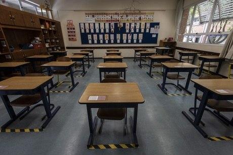 OMS alerta sobre crianças fora da escola