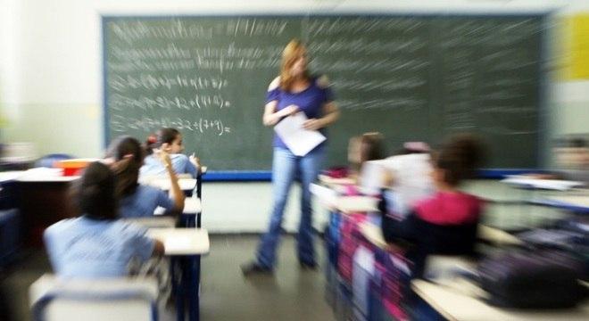 Colégios tradicionais utilizam outros métodos de alfabetização