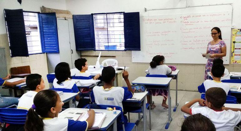 Estudantes da rede pública são beneficiados pelo fundo que distribui recursos