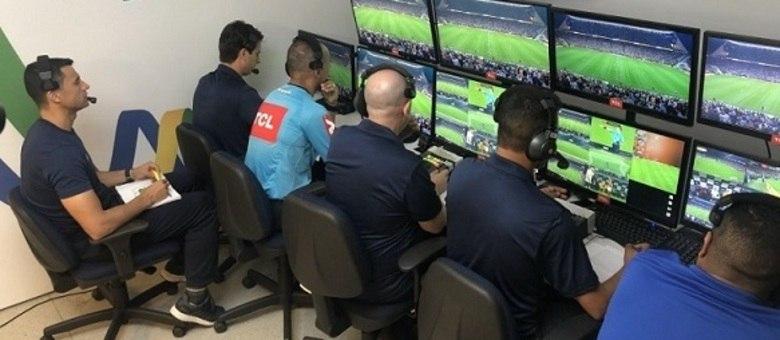 Sala do VAR, na CBF, onde são analisados os lances dos jogos
