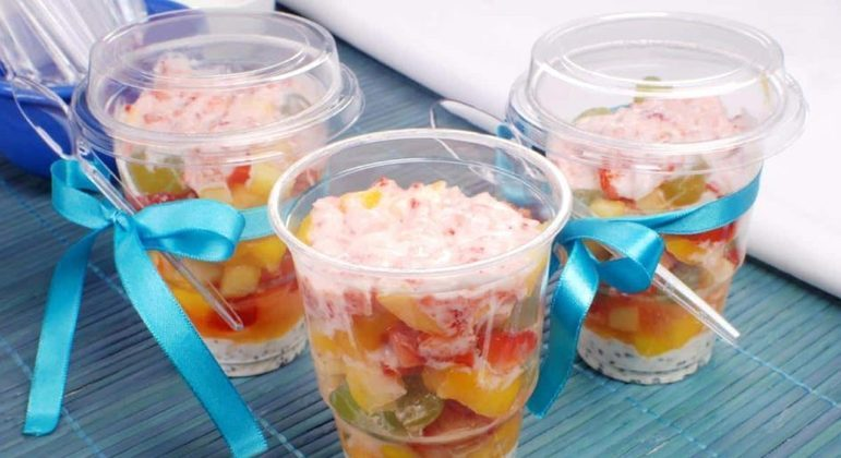 Salada de frutas energética no potinho