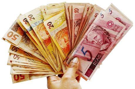 Salário médio no Brasil cresceu 0,8% de 2017 para 2018