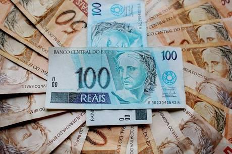 Salário mínimo previsto para 2019 é de R$ 1.006
