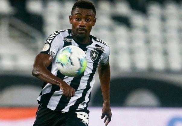 Salomon Kalou - 35 anos - Atacante - Último clube: Botafogo - Sem clubes desde: 08/04/2021