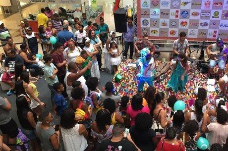 rimeira semana do evento será marcada por apresentações de grupos de dança convidados pelo Shopping