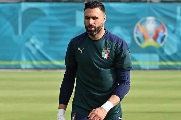 Salvatore Sirigu - Torino - Goleiro - 34 anos - 2,5 milhões de euros (R$ 14,9 mi) - Contrato até 30/06/2022
